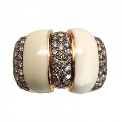 Anillo en oro rosa con diamantes brown y marfil